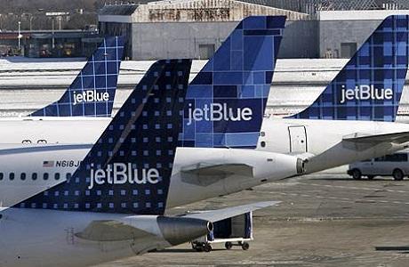 Inauguran nuevos vuelos entre Nueva York y Liberia