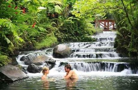 El Resort Costa Rica Tabacón abrió un Jardín Romántico
