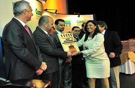 Empresas gastronómicas ticas reciben premio por alta calidad