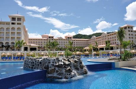 El hotel Riu Guanacaste ganó el premio Crystal Apple