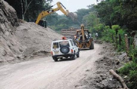 Proyectan mejoras en la ruta hacia Monteverde