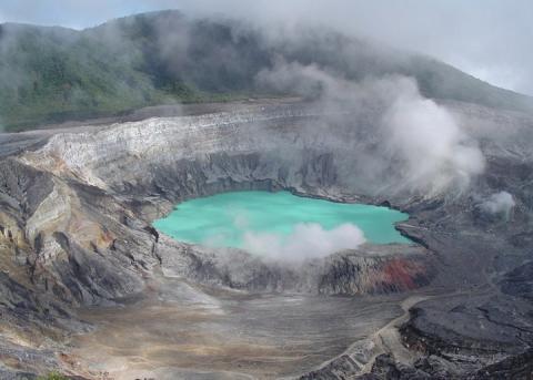 volcan-poas.jpg