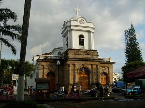 costa-rica-iglesia.JPG